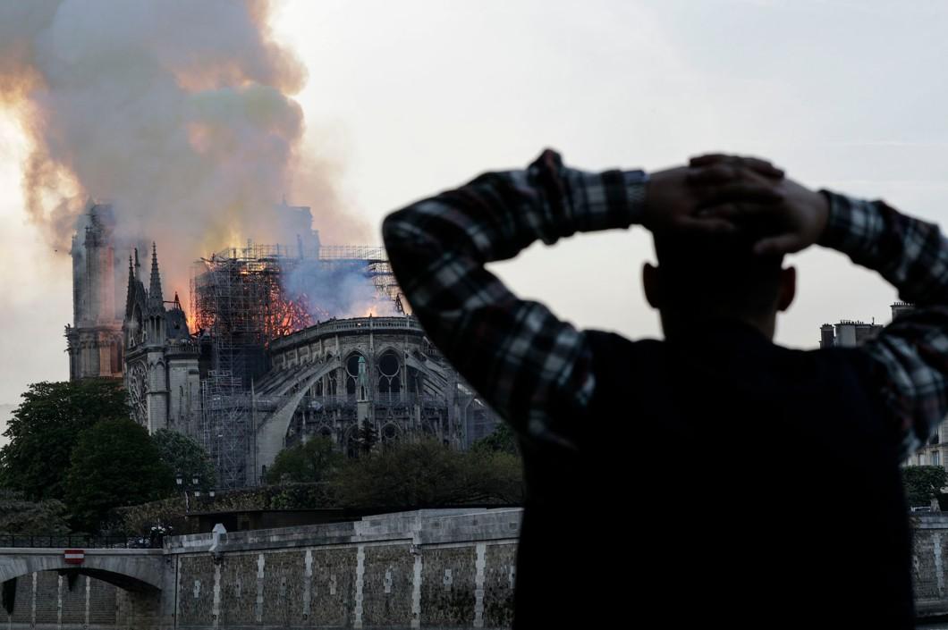 Incendio catedral de Notre Dame - Paris - Francia