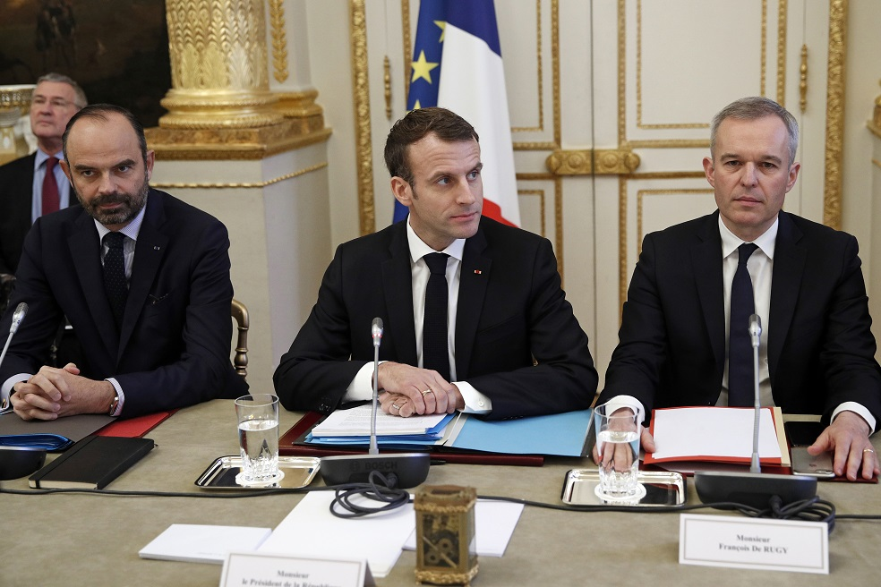 FRANCE-POLITICS-GOVERNMENT-UNIONS-PROTEST-YELLOW-VESTS