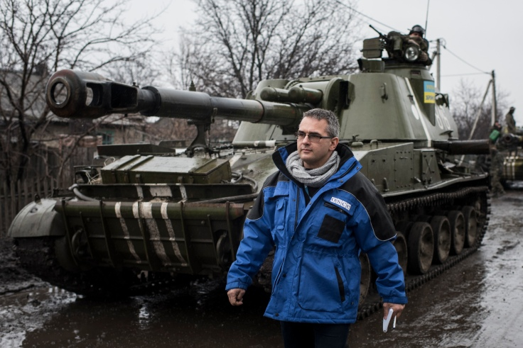 OSCE_SMM_monitoring_the_movement_of_heavy_weaponry_in_eastern_Ukraine_(16705750846)